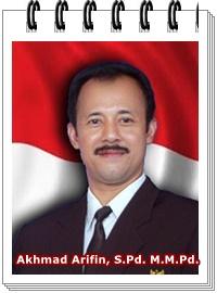 Akhmad Arifin, S.Pd. M.M.Pd.
